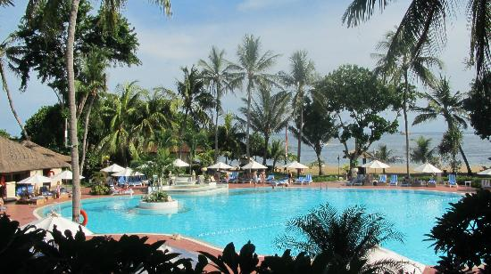 sanur_beach_hotel.jpg
